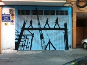 grafiti puerta grande
